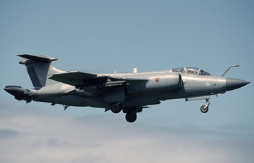XX889 - Royal Air Force Blackburn Buccaneer S.2B