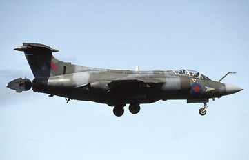 XV361 - Royal Air Force Blackburn Buccaneer S.2B
