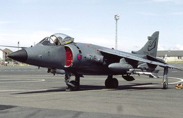 XZ494 - Royal Navy British Aerospace Sea Harrier FRS.1