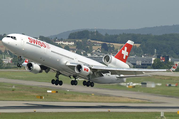 Swiss HB-IWE aircraft at Zurich