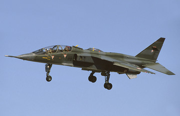 E37 - France - Air Force Sepecat Jaguar E