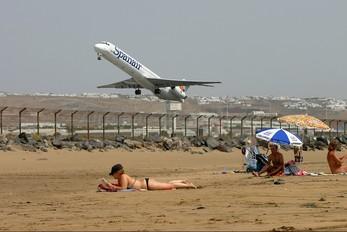 EC-HFS - Spanair McDonnell Douglas MD-82