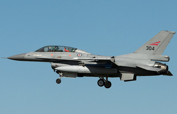 304 - Norway - Royal Norwegian Air Force General Dynamics F-16B Fighting Falcon