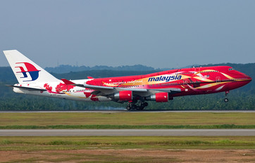 9M-MPB - Malaysia Airlines Boeing 747-400