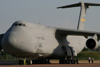 87-0043 - USA - Air Force Lockheed C-5B Galaxy