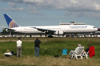 N59053 - Continental Airlines Boeing 767-400ER