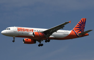 VT-ESF - Indian Airlines Airbus A320