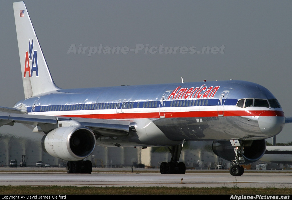 N630aa american airlines boeing 757 200 at miami intl for American airlines plane types