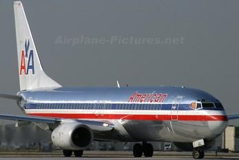 N922AN - American Airlines Boeing 737-800