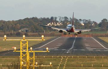 G-CDRA - Flyglobespan Boeing 737-600