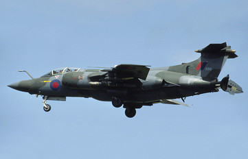 XX899 - Royal Air Force Blackburn Buccaneer S.2B