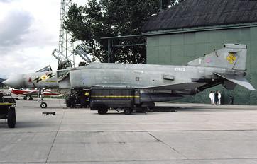 Xt872 royal air force mcdonnell douglas phantom fg 1 photo 3227