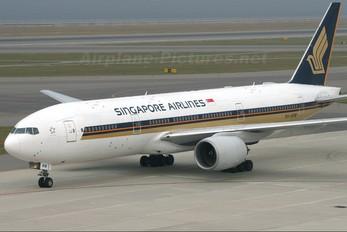 9V-SRM - Singapore Airlines Boeing 777-200ER