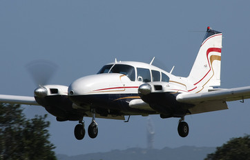 ZS-NPW - Private Piper PA-23 Aztec