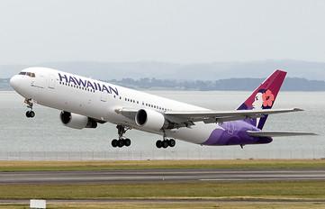 N584HA - Hawaiian Airlines Boeing 767-300