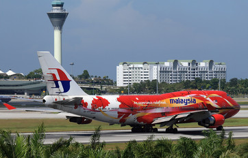 9M-MPD - Malaysia Airlines Boeing 747-400