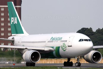 AP-BEG - PIA - Pakistan International Airlines Airbus A310