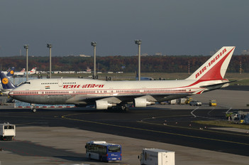 VT-AIC - Air India Boeing 747-400