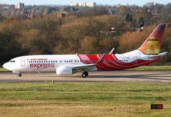VT-AXH - Air India Express Boeing 737-800