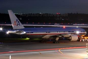 N755AN - American Airlines Boeing 777-200ER