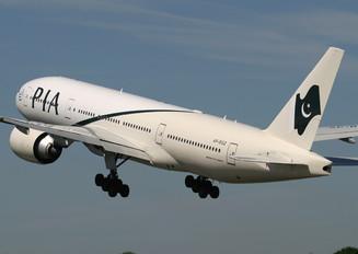 AP-BGZ - PIA - Pakistan International Airlines Boeing 777-200LR