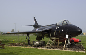 WT746 - Royal Air Force Hawker Hunter F.4