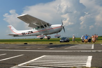 OK-JTN - Sky Office Cessna 172 Skyhawk (all models except RG)