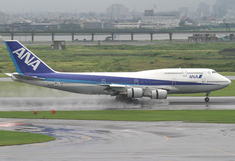 JA401A - ANA - All Nippon Airways Boeing 747-400