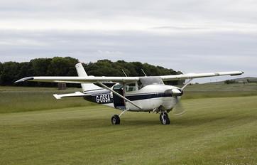 G-OSSA - Skydive St.Andrews Cessna 206 Stationair (all models)