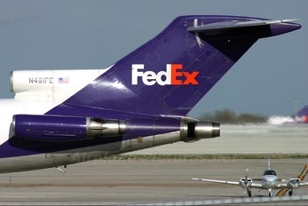 N491FE - FedEx Federal Express Boeing 727-200F (Adv)