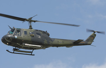 71+72 - Germany - Army Bell UH-1D Iroquois