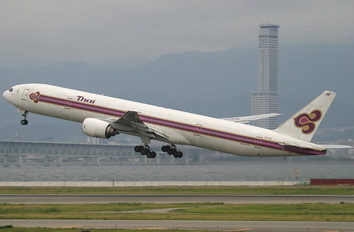 HS-TKD - Thai Airways Boeing 777-300