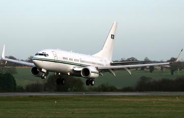 HZ-101 - Saudi Arabia - Air Force Boeing 737-700 BBJ