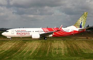 VT-AXT - Air India Express Boeing 737-800