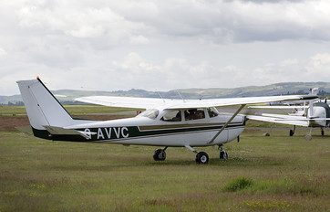 G-AVVC - Private Cessna 172 Skyhawk (all models except RG)