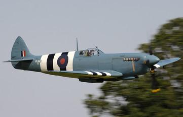 G-MKIX - Private Supermarine Spitfire PR.XI