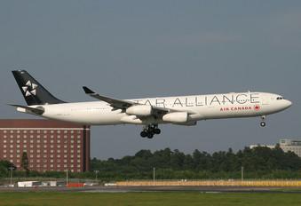 C-FYLD - Air Canada Airbus A340-300