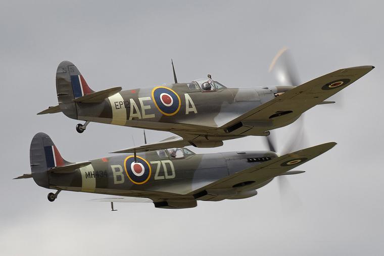 G-LFVB - Patina Supermarine Spitfire LF.Vb at Duxford ...