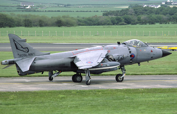 ZD581 - Royal Navy British Aerospace Sea Harrier FRS.1