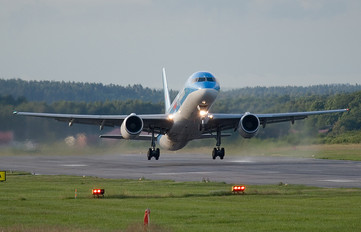 SE-DUO - TUIfly Nordic Boeing 757-200