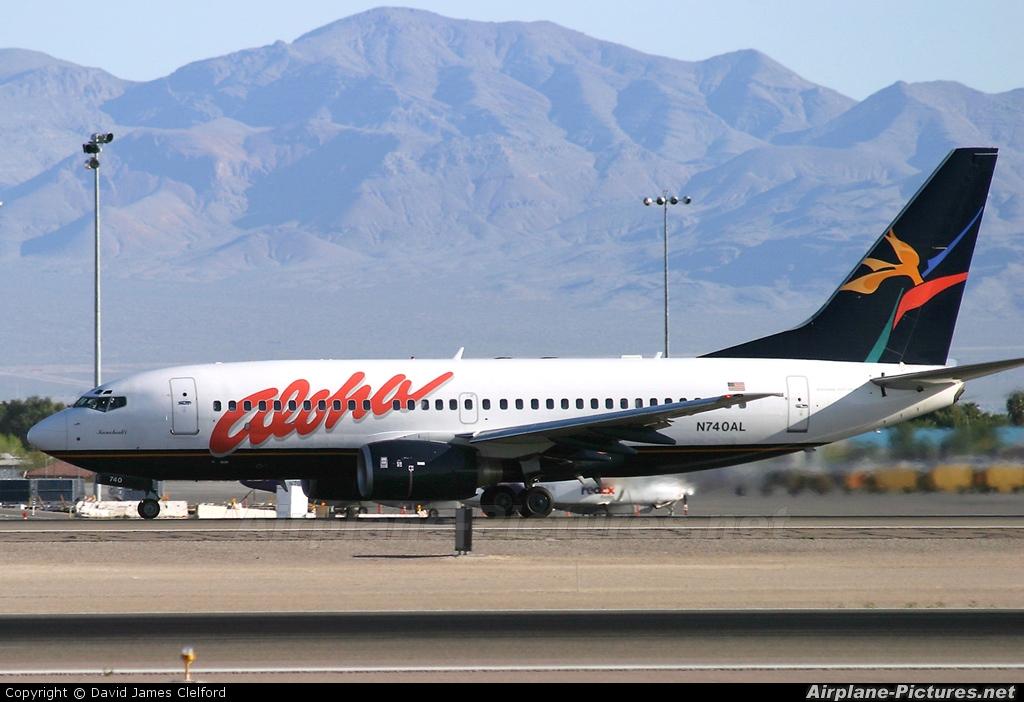 Resultado de imagen para aloha airlines 737-700