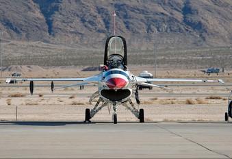 86-0281 - USA - Air Force : Thunderbirds General Dynamics F-16C Fighting Falcon