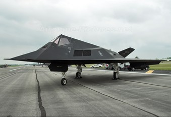 80-0788 - USA - Air Force Lockheed F-117A Nighthawk