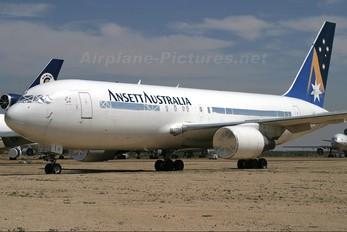VH-RMO - Ansett Australia Boeing 767-200