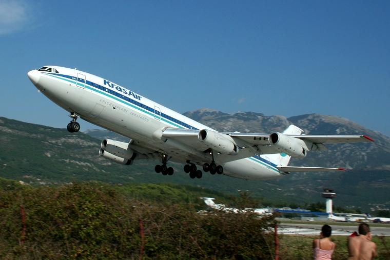 KrasAir RA-86121 aircraft at Tivat