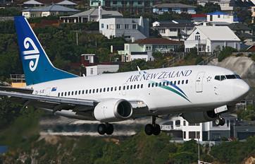 ZK-SJE - Air New Zealand Boeing 737-300