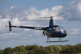 G-BMIZ - Kingsfield Helicopters Robinson R22