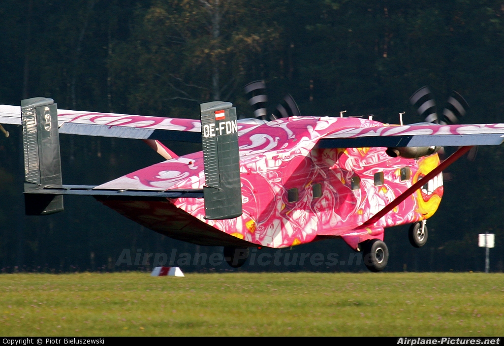 Pink Aviation OE-FDN aircraft at Cottbus - Neuhausen