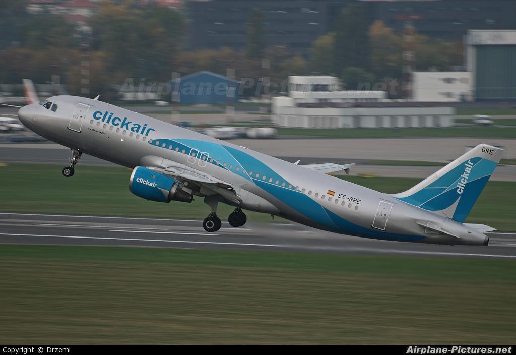 Clickair EC-GRE aircraft at Warsaw - Frederic Chopin