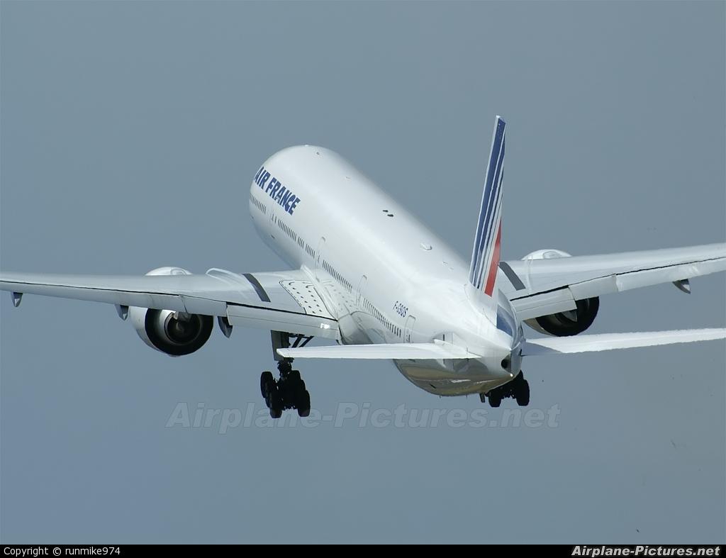 Air France F-GSQS aircraft at Roland Garros - Saint-Denis